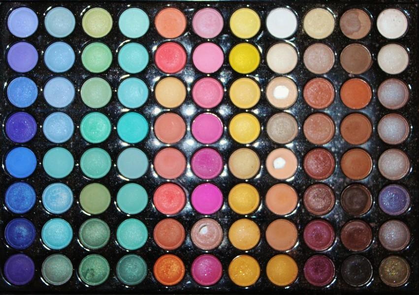 make-up-box-505209_1920